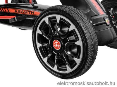 pedalos-gokart-abarth-licence-eva-kerekkel-fekete-17